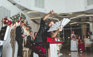 как выбрать ведущего на вашу свадьбу